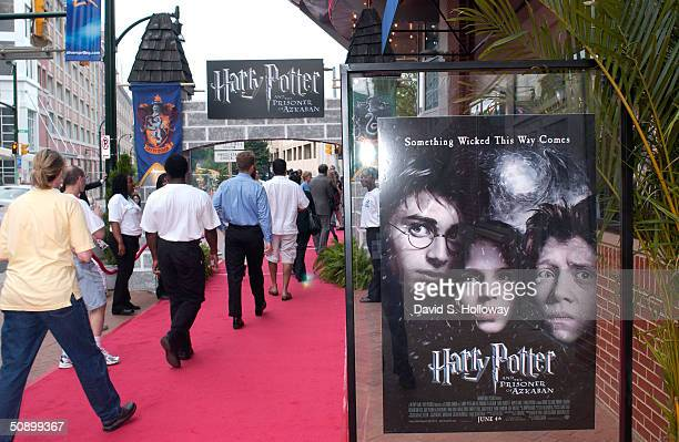 Guests arrive at the AFI Salute to Jack Valenti and special screening of Harry Potter and the Prisoner of Azkaban at the newly constructed 'The...