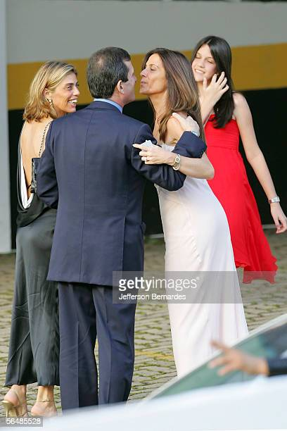 Guests at the entrance to the wedding of Brazilan footballer currently playing for AC Milan Kaka and his long term girlfriend Caroline Celico at the...