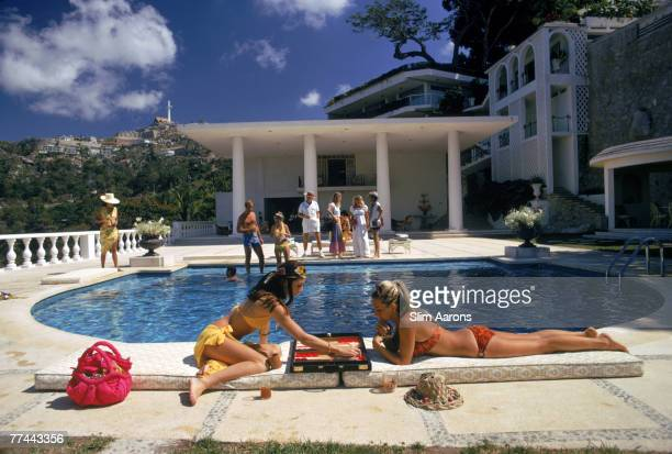 Guests at the Villa Nirvana, owned by Oscar Obregon, in Las Brisas, Acapulco, Mexico, 1972.