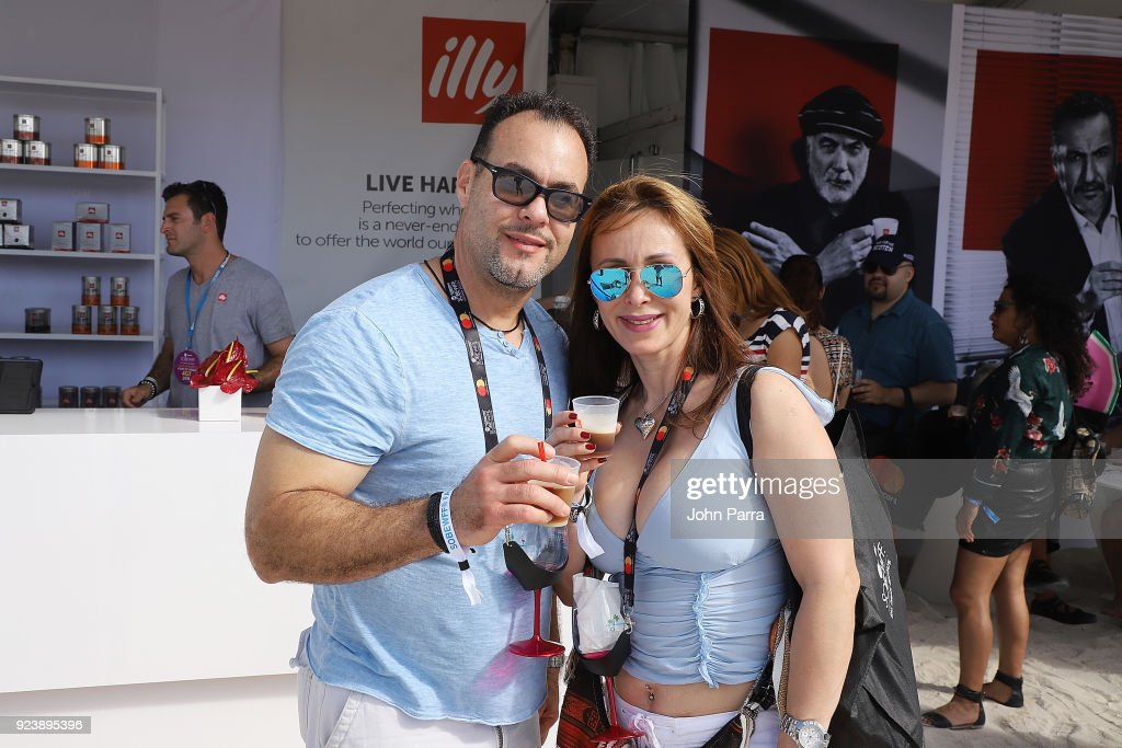 illy Intros Cold Brew Air At  SOBEWFF Grand Tasting