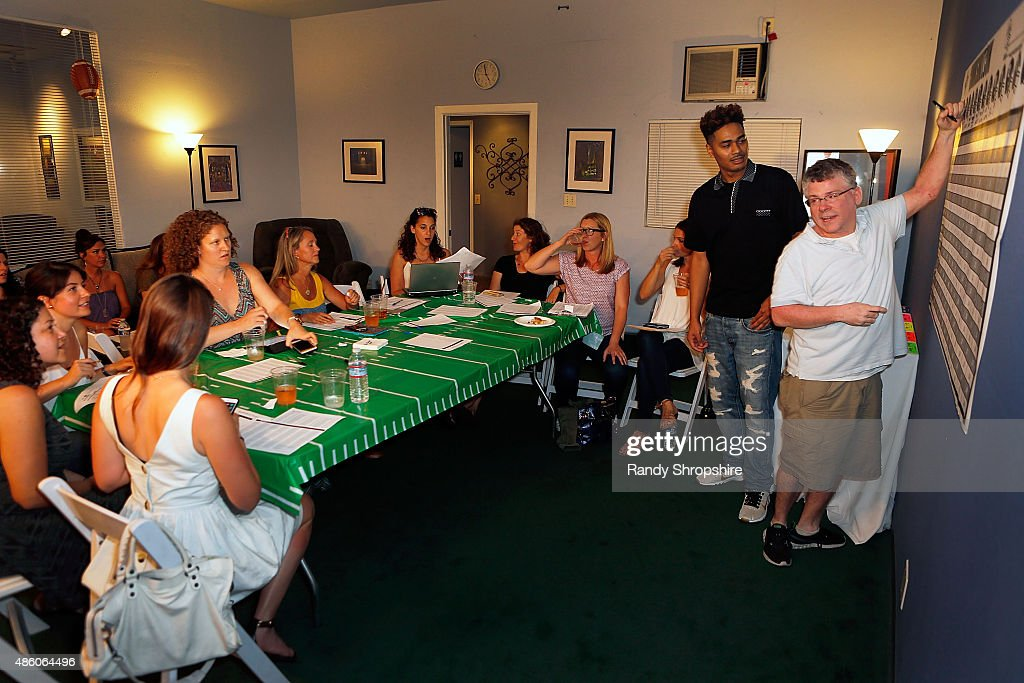 The Girls Guide To Fantasy Football Draft Party : News Photo