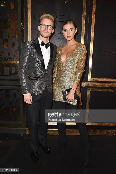 Guests attend the Gold Obsession Party L'Oreal Paris Photocall as part of the Paris Fashion Week Womenswear Spring/Summer 2017 on October 2 2016 in...