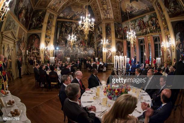 Guests enjoy dinner at the Royal Palace Huis ten Bosch on March 24 2014 in The Hague Netherlands The Nuclear Security Summit held March 2425 will be...