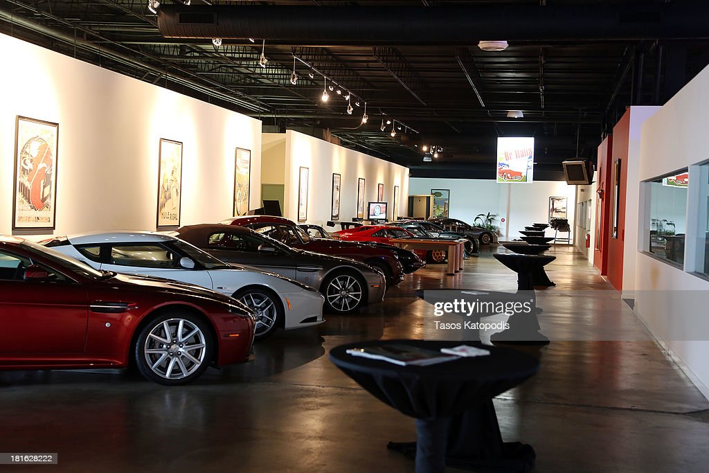 Lake Forest Sports Cars >> Guests Enjoy The Charity Fundaraiser At Lake Forest Sports
