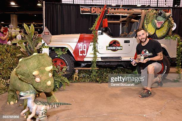 Guests pose for a picture during Wizard World Comic Con Chicago 2016 Day 4 at Donald E Stephens Convention Center on August 21 2016 in Rosemont...