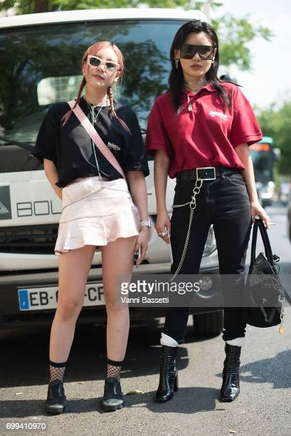 Guests pose wearing Balenciaga tshirt after the Y Project show at La Generale during Paris Fashion Week Menswear SS18 on June 21 2017 in Paris France