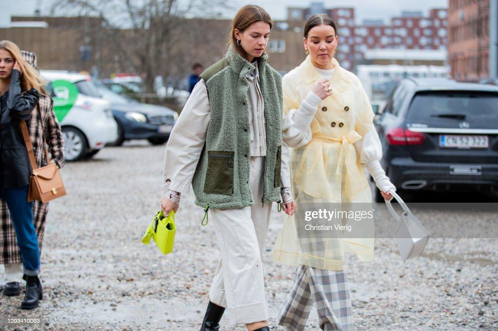 Street Style - Day 3 - Copenhagen Fashion Week Autumn/Winter 2020 : Nachrichtenfoto