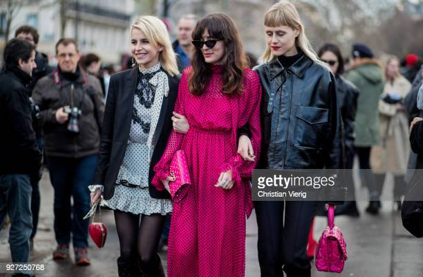 Guests seen outside Valentino during Paris Fashion Week Womenswear Fall/Winter 2018/2019 on March 4 2018 in Paris France