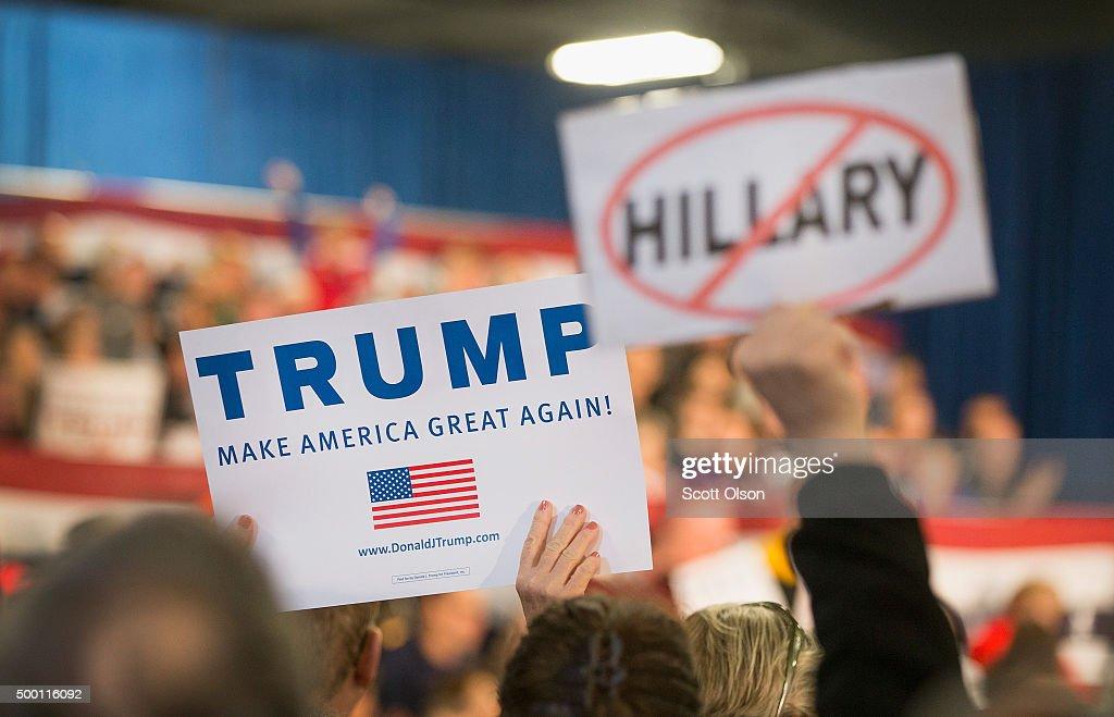 Donald Trump Holds Campaign Rally In Davenport, Iowa : News Photo
