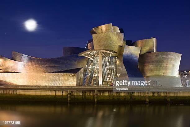 Gugenheim Bilbao museum at night