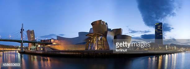 Museo Guggenheim de Bilbao y Iberdrola tower