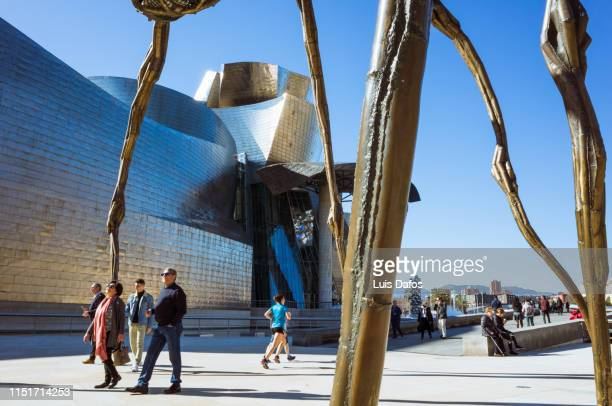 guggenheim museum bilbao - dafos stock photos and pictures