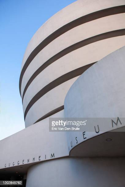 guggenhiem museum exterior - eric van den brulle stock pictures, royalty-free photos & images