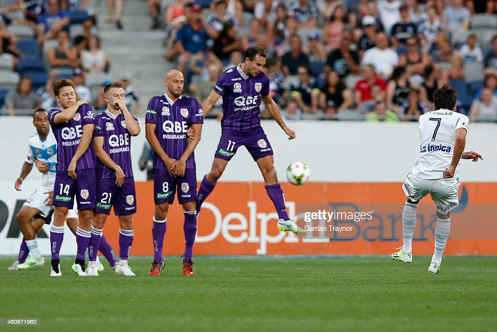 Gui Finkler of Melbourne Victory takes a free kick during the round