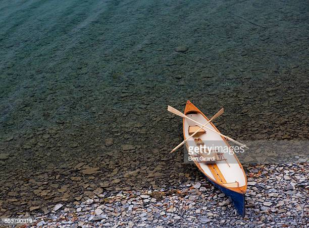guide boat - skaneateles lake stock pictures, royalty-free photos & images