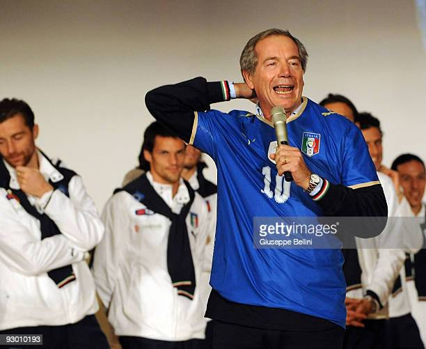 L'AQUILA ITALY NOVEMBER 12 Guido Bertolaso speaks during the Italy national soccer team visit to earthquake striken areas in L'Aquila Coppito on...