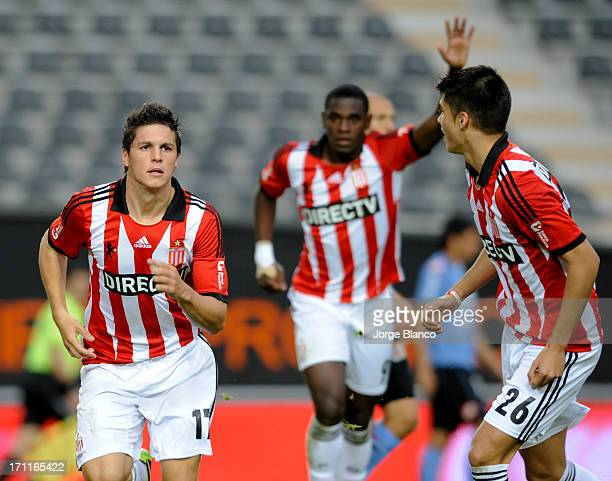 Guido Carrillo and Joaquin Correa of Estudiantes de La Plata celebrate a goal during a match between Estudiantes de La Plata and Belgrano as part of...