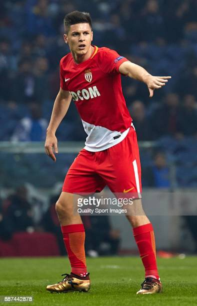 Guido Carrillo of AS Monaco reacts during the UEFA Champions League group G match between FC Porto and AS Monaco at Estadio do Dragao on December 6...