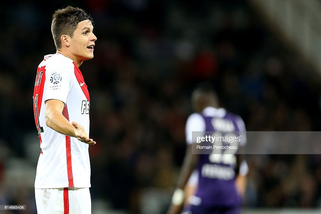 Guido Carrillo of Monaco gestures the French Ligue 1 match between Toulouse and Monaco at Stadium on October 14, 2016 in Toulouse, France.
