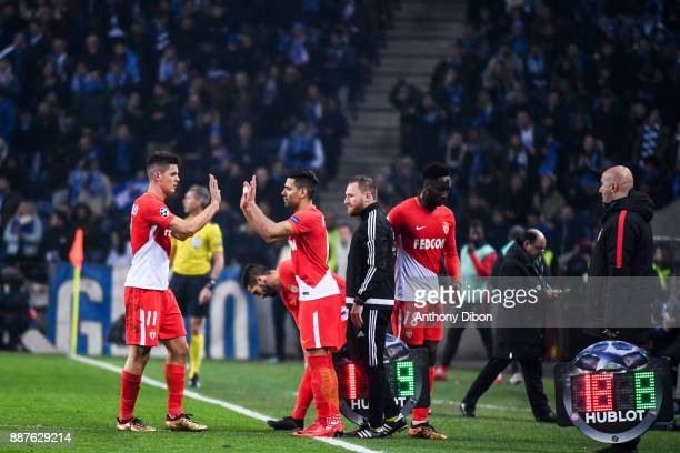 Guido Carrillo of Monaco is replaced by Radamel Falcao of Monaco during the Uefa Champions League match between Fc Porto and As Monaco at Estadio do...
