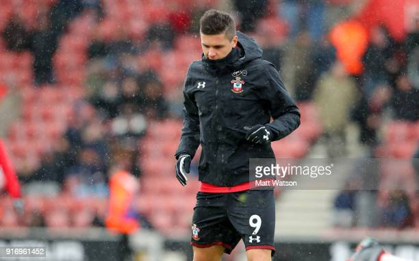 Guido Carrillo of Southampton warms up ahead of the Premier League match between Southampton and Liverpool at St Mary's Stadium on February 11 2018...