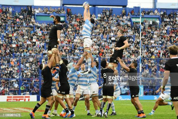 Guido Petti Pagadizaval of Argentina wins a lineout during a match between Argentina and New Zealand as part of The Rugby Championship 2019 at José...