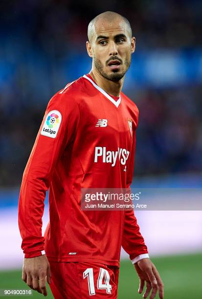 Guido Pizarro of Sevilla FC reacts during the La Liga match between Deportivo Alaves and Sevilla FC at Mendizorroza stadium on January 14 2018 in...
