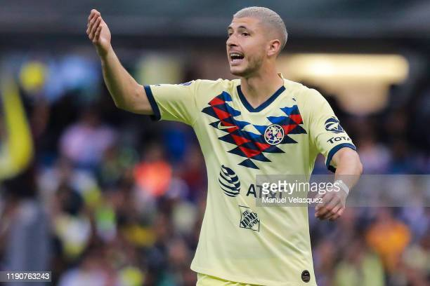 Guido Rodríguez of America gestures during the quarterfinals first leg match between America and Tigres UANL as part of the Torneo Apertura 2019 Liga...
