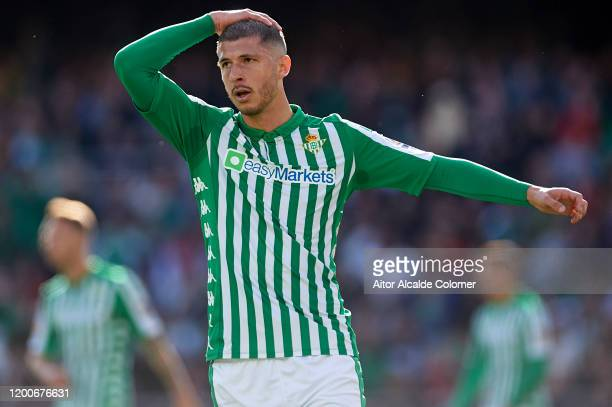 Guido Rodriguez of Real Betis Balompie looks on during the Liga match between Real Betis and Real Sociedad at Estadio Benito Villamarin on January 19...