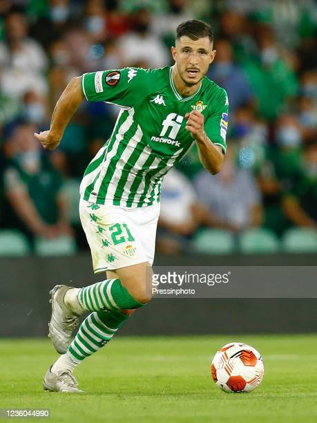 Guido Rodriguez of Real Betis during the UEFA Europa League match between Real Betis and Bayer 04 Leverkusen played at Benito Villamarin Stadium on...