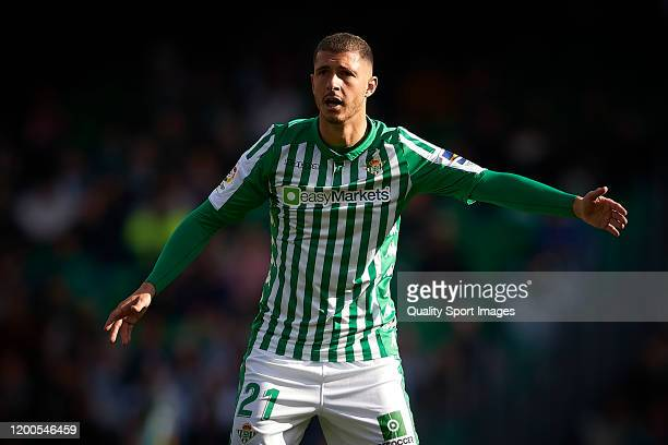 Guido Rodriguez of Real Betis looks on during the Liga match between Real Betis Balompie and Real Sociedad at Estadio Benito Villamarin on January 19...