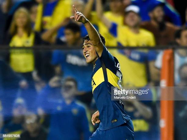 Guido Vadala of Boca Juniors celebrates after scoring the first goal of his team during a match between Boca Juniors and Arsenal as part of the...