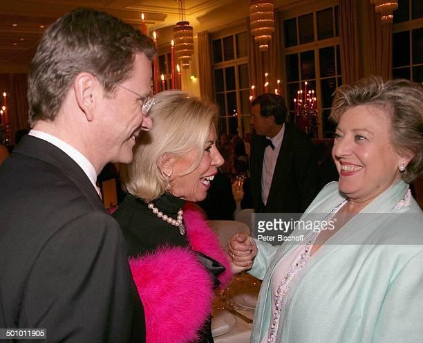 Guido Westerwelle Prinzessin Brigitte von Preußen MarieLuise Marjan Gala zum Jubiläum '115 Jahre Grandhotel Petersberg und 15 Jahre Gästehaus des...