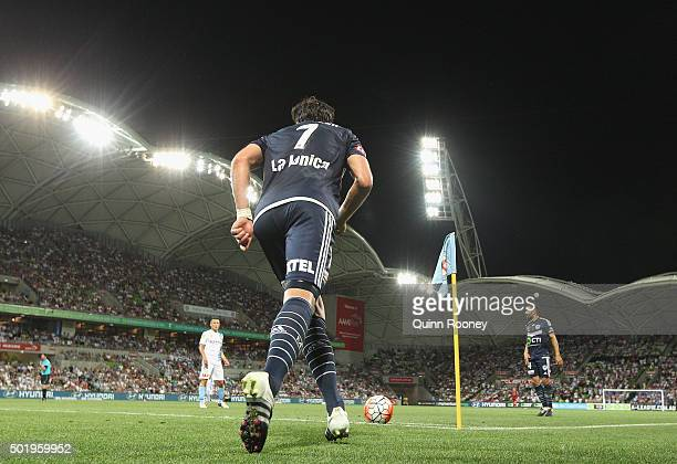 Guilherme Finkler of the Victory kicks in from a corner during the round 11 ALeague match between Melbourne City FC and Melbourne Victory at AAMI...