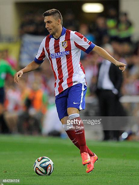 Guilherme Siqueira of Club Atletico de Madrid in action during the Supercopa second leg match between Club Atletico de Madrid and Real Madrid at...