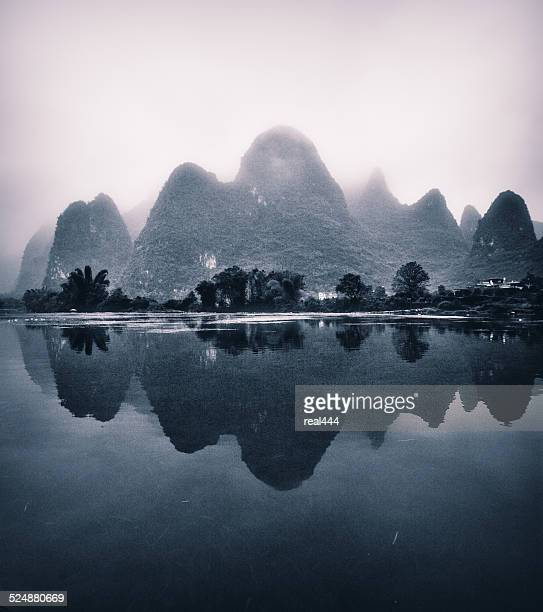 Guilin river and peaks