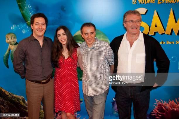 "Guillaume Gallienne, Olivia Ruiz, Elie Semoun and Ben Stassen attend ""Le Voyage Extraordinaire de Samy"" Paris Premiere at Cinema Gaumont Capucine on..."