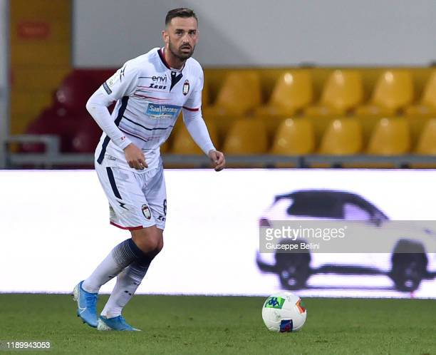 Guillaume Gigliotti of Crotone FC in action during the Serie B match between Benevento Calcio and Crotone FC at Stadio Ciro Vigorito on November 23...