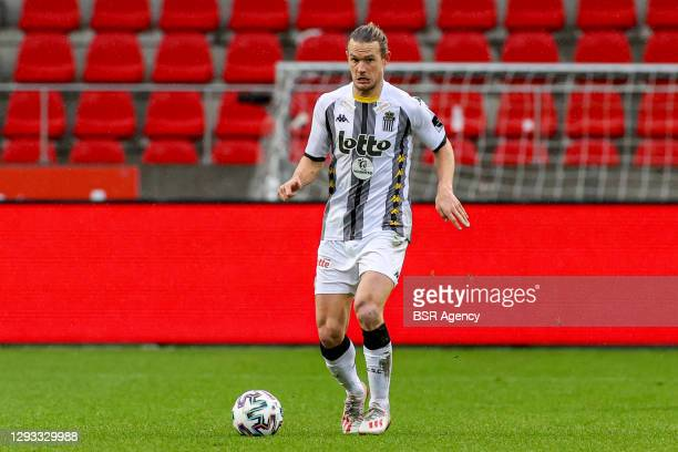 Guillaume Gillet of Sporting Charleroi during the Pro League match between Royal Antwerp FC and Charleroi SC at Bosuil Stadium on December 27, 2020...