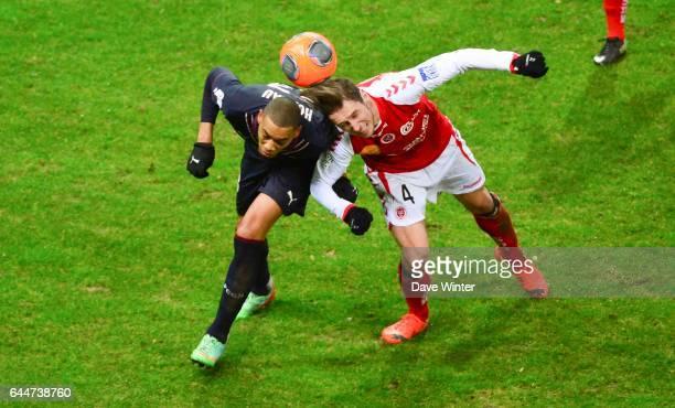 Guillaume HOARAU / Grzegorz KRYCHOWIAK Reims / Bordeaux 25eme journee de Ligue 1 Photo Dave Winter / Icon Sport