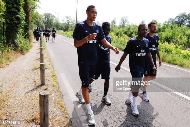 Guillaume HOARAU / Mateja KEZMAN / Peguy LUYINDULA / Stephane SESSEGNON Reprise Entrainement du PSG Camp des LOges Saint Germain en Laye