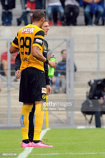 Guillaume Hoarau of BSC Young Boys talks with Head coach Harald Gamperle during the Raiffeisen Super League match between FC Sion and BSC Young Boys...