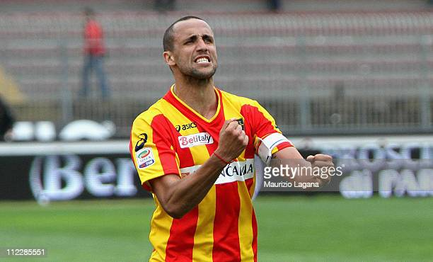 Guilleremo Giacomazzi of Lecce celebrates after the Serie A match between Lecce and Cagliari Calcio at Stadio Via del Mare on April 17 2011 in Lecce...