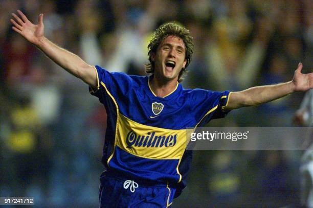 Guillermo Barros Schelloto of Boca Juniors of Argentina celebrates the second goal of his team against Vasco Da Gama of Brazil 30 May 2001 in ''La...