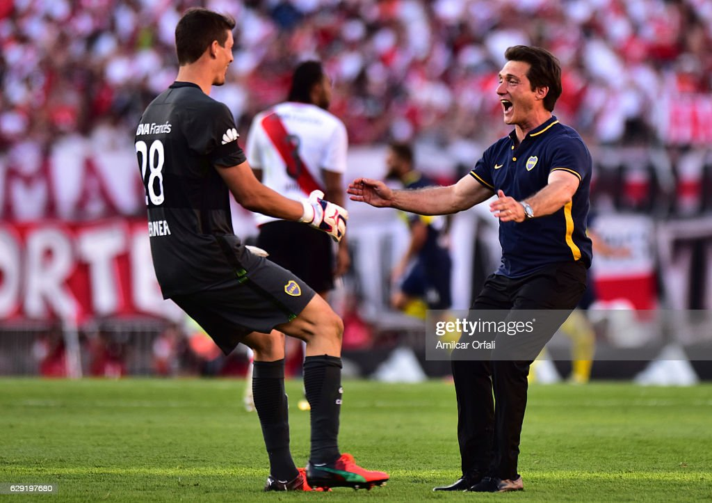 River Plate v Boca Juniors - Torneo Primera Division 2016/17 : News Photo