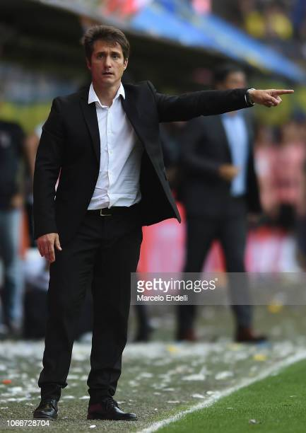 Guillermo Barros Schelotto coach of Boca Juniors gestures during the first leg match between Boca Juniors and River Plate as part of the Finals of...