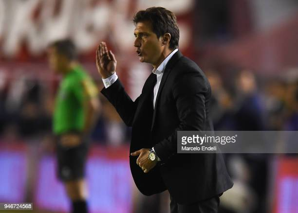 Guillermo Barros Schelotto of Boca Juniors gestures during a match between Independiente and Boca Juniors as part of Superliga 2017/18 at...