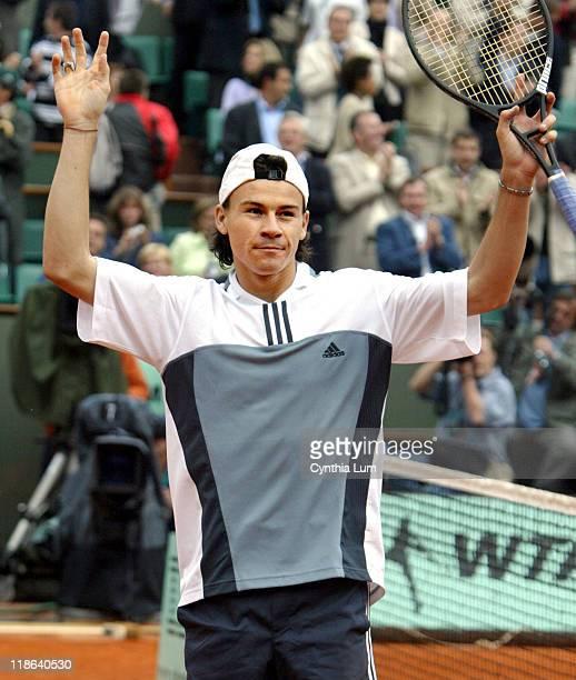 Guillermo Coria will meet fellow Argentine Gaston Gaudio in the final at Paris, winning his semi-final match against Tim Henman 3-6, 6-4, 6-0, 7-5