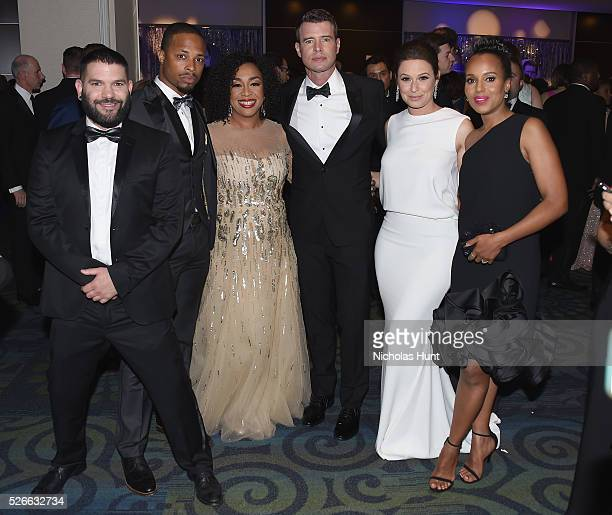 Guillermo D������az Cornelius Smith Jr Shonda Rhimes Scott Foley Katie Lowes and Kerry Washington attend the Yahoo News/ABC News White House...