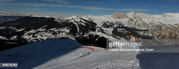 Guillermo Fayed of France skis during the Audi FIS Alpine Ski World Cup Men's Downhill Training on December 17, 2009 in Val Gardena, Italy.